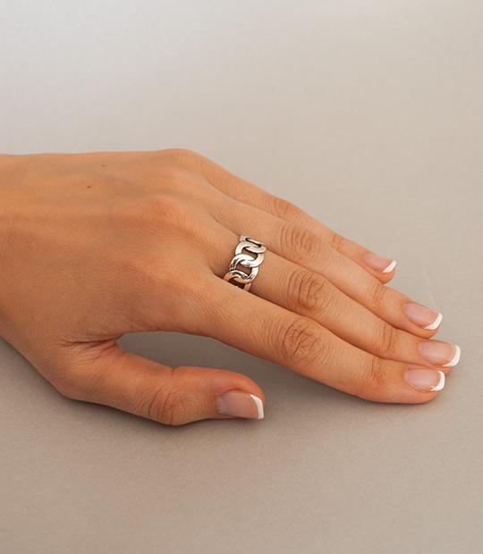 4217f714f Strieborný prsteň – Audi | Argentum-Shop