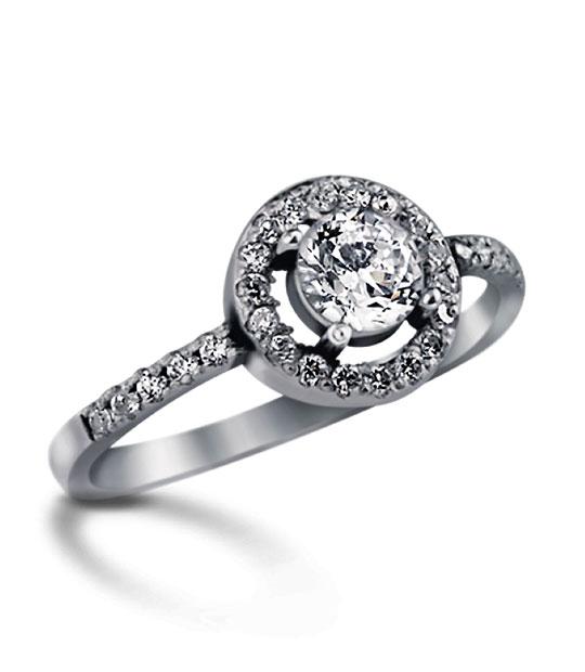 Strieborný prsteň so zirkónmi – Diama 19061
