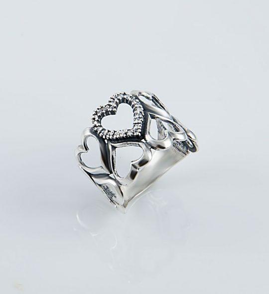 Strieborný prsteň so zirkónmi – Srdce