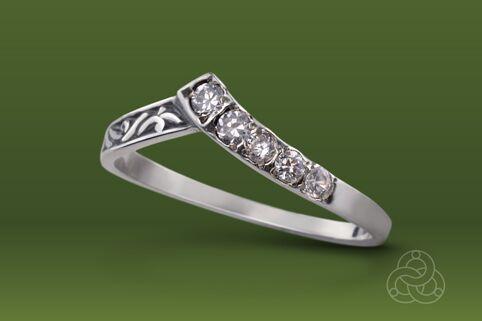 Strieborný prsteň so zirkónmi – Konvalinka 19030