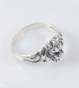 Strieborný prsteň so zirkónmi – Lev
