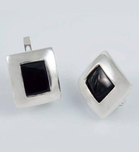 Strieborné náušnice s kameňom – Obrazovka black