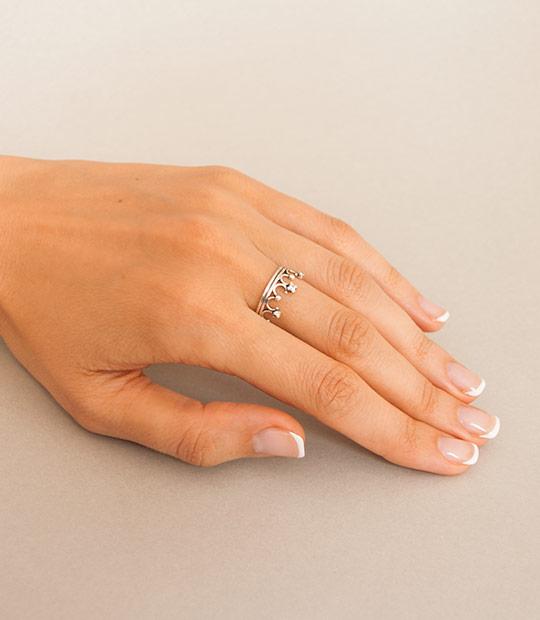 bef68334a Strieborný prsteň so zirkónmi – Koruna Malá | Argentum-Shop