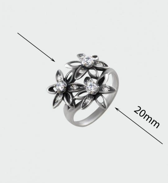 Strieborný prsteň so zirkónmi – Tri kvety 19071